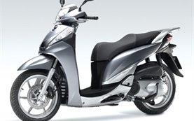2011 Honda SH 300i - scooter for rent in Olbia