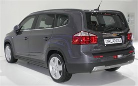 2013-chevrolet-orlando-5-2-seats-belogradchik-mic-1-660.jpeg