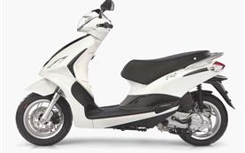 2013 Пиаджо Флай 50 - наемане на скутер в Ница