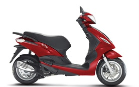 2014 Piaggio Fly 125 - scooter rental Paris