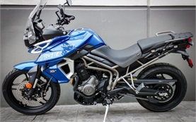 2019 Triumph Tiger 800 XRx - rent a bike in Barcelona