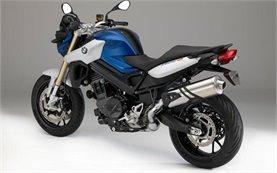 BMW F 800 R - alquiler de motos en Roma