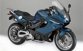BMW F800 GT - rent a motorcycle in Milan