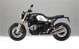BMW R NINE T - мотоциклет под наем в Милано
