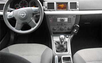 Interior » 2006 Opel Vectra Wagon - Fotos