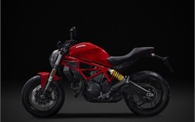 Ducati Monster 797 - alquilar una motocicleta en Roma