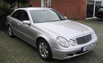 Front view » 2005 Mercedes E 220