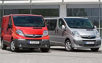 Front view » 2010 Opel Vivaro 8+1