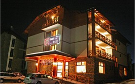 Hotel at night - Pirina CLub Hotel