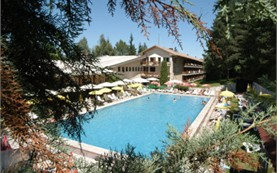 Outdoor swimming pool - Velina hotel