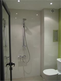 The green bathroom - Rodina Apartment Sofia