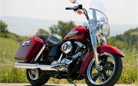 Harley-Davidson FLD Dyna Switchback  - мотор под наем Кипър