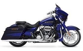 Harley Davidson Street Glide - Motorradvermietung Europa