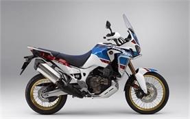 Honda CRF1000L AFRICA TWIN Motorradverleih in Flughafen Porto