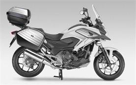 Honda NC750X - Motorradverleih in Athen