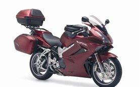 Honda VFR 800  - motorcycle rental in Nice