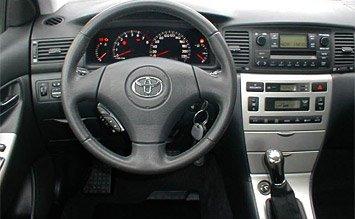 Интериор » 2005 Тойота Корола