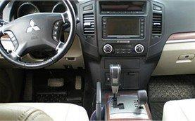 Interior » 2007 Mitsubishi Pajero