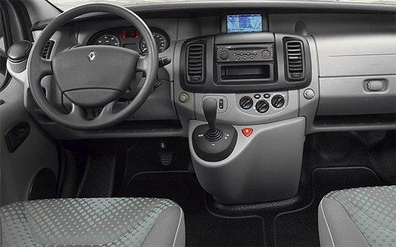 Innenansicht » 2009 Renault Trafic 8+1