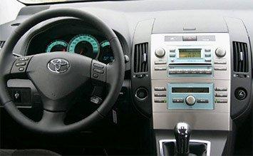 Интериор » 2008 Тойота Корола Версо