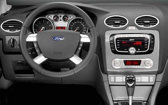 Интериор - 2011 Форд Фокус 1.6
