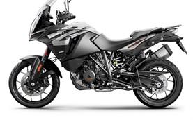 KTM 1290 Super Adventure S - мотоциклa напрокат Малага