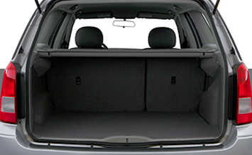 Luggage compartment » 2005 Ford Focus Station Wagon