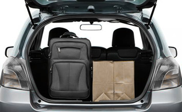 Luggage compartment » 2008 Toyota Yaris