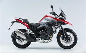 Macbor Montana XR5 - мотоциклет под наем в Барселона