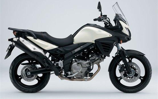 2012 Сузуки В-Стром 650 ABS аренда мотоцикла в Любляна