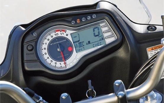 2012 Сузуки В-Стром 650 ABS мотоциклов напрокат - Словения - Любляна