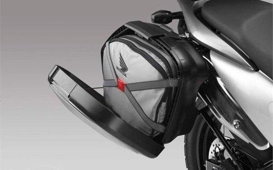 2013 Хонда Трансалп 700cc мотоциклов напрокат - Мальорка