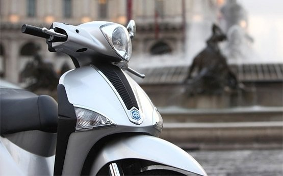 2013 Piaggio Liberty 125 - rent a scooter in Rethymno