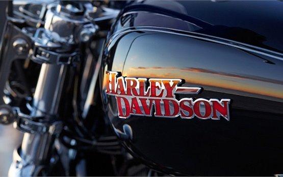 2016 Харлей Дэвидсон XL 1200 T Superlow ABS  - аренда мотоциклов - Малага
