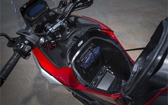 Honda NC750X DCT - прокат мотоцикла Польша