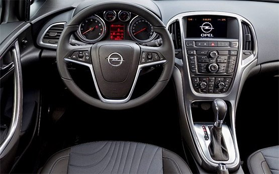 Interior » 2014 Opel Astra Automatic