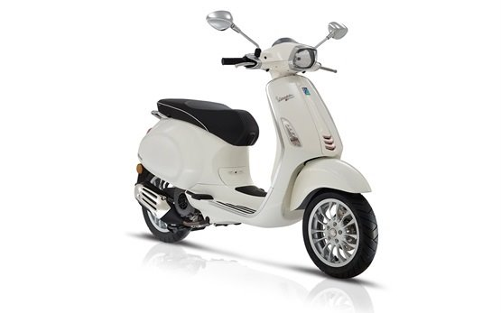 Vespa Sprint 50 - rent a scooter Bulgaria