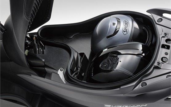 Suzuki Burgman 125cc   - прокат скутера в Испании