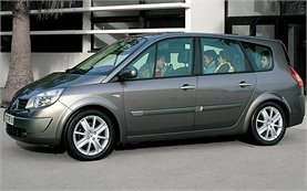 2009-renault-grand-scenic-bourgas-airport-mic-1-652.jpeg