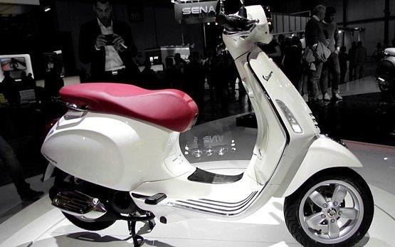 2013 Piaggio Vespa 125 Primavera - alquiler de scooters en Italia