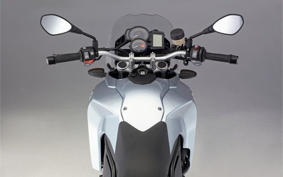 2008 BMW 650 GS мотоцикл напрокат Загреб