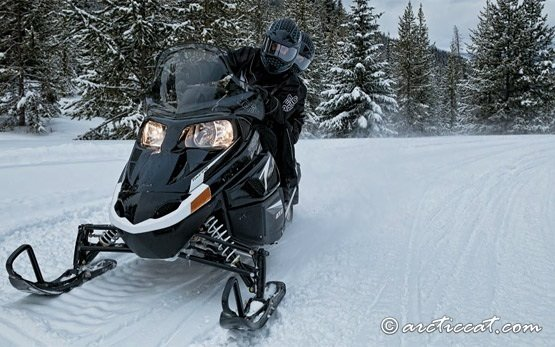 2013 Artic Cat T570 Snowmobile Touring