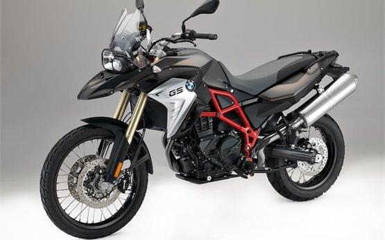 BMW F800 GS - Motorrad mieten in Mailand