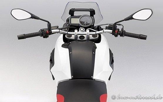 2013 BMW G 650 GS - alquiler de motos en Barcelona