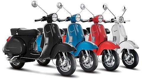 2011 piaggio vespa 125 px scooter rental in barcelona airport, spain
