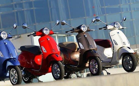 2013 Пьяджио Веспа 125 прокат скутеров в Мадриде