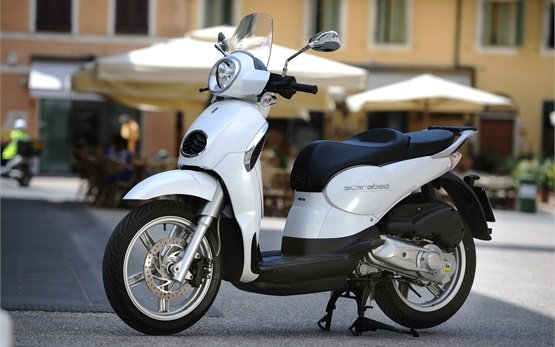 2014 Априлия Скарабео 200cc - аренда скутеров в Салониках