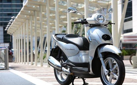 2014 Априлия Скарабео 200cc - скутер напрокат в Салониках