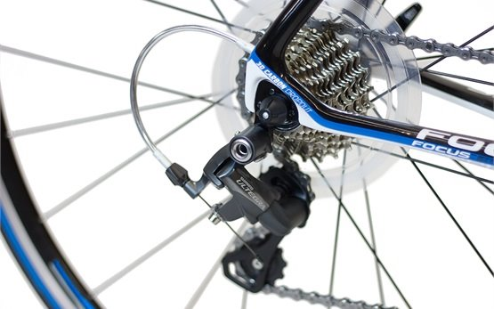 2014 FOCUS CAYO EVO 4.0 - alquilar una bici en Barcelona