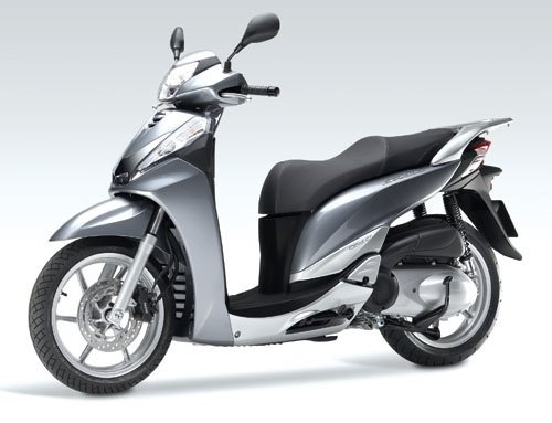 2014 honda sh 300 scooter rental in barcelona spain. Black Bedroom Furniture Sets. Home Design Ideas